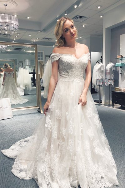 How I Stayed Body Positive While Wedding Dress Shopping