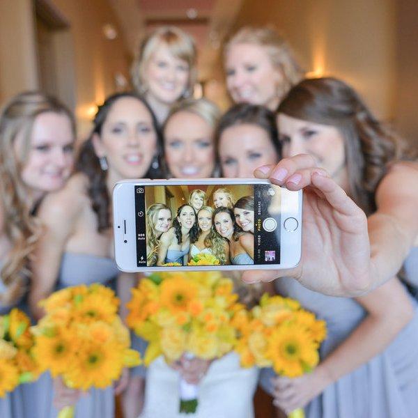Wedding selfie bride and bridesmaids