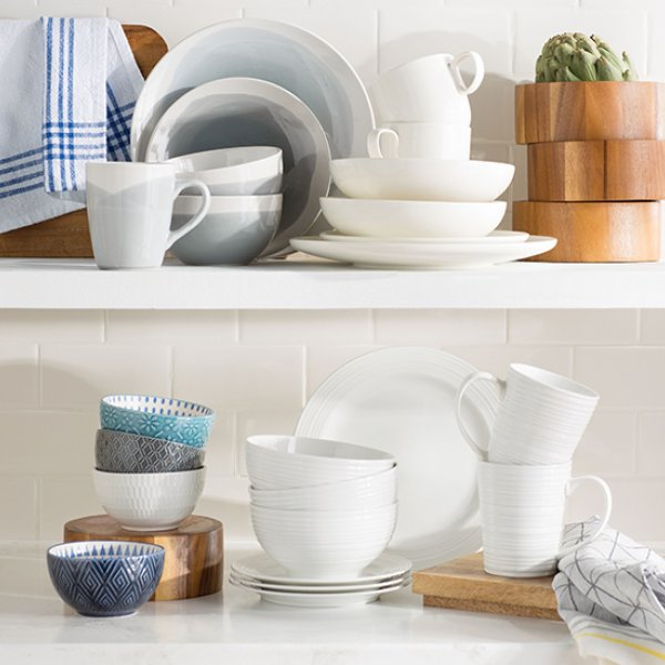 casual dinnerware wedding registry