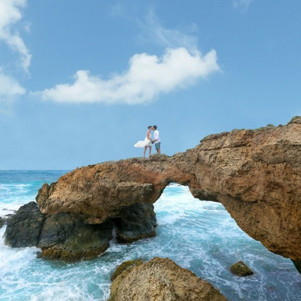 Bridal Guide Travel Deal of the Week - Aruba vow renewal 2018