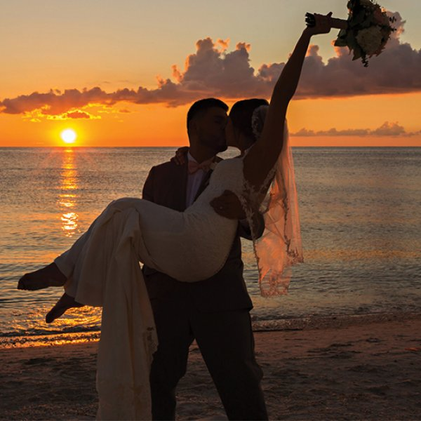Weddings at Naples Beach Hotel and Golf Club