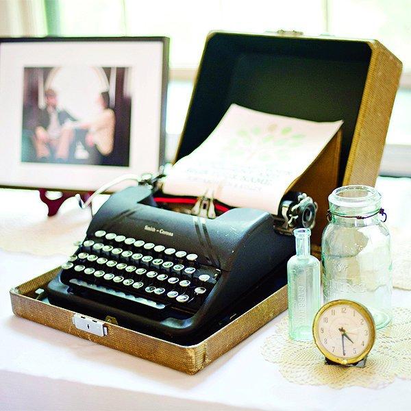Top 10 Unique Wedding Guest Book Picks