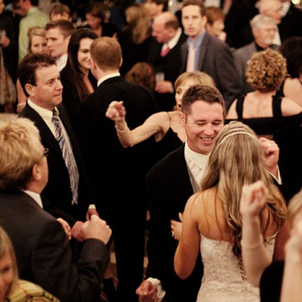 Oldies First Dance Songs: Oldies But Goodies: Songs That Guests Of All Ages Will