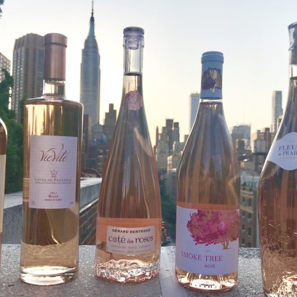 The Top 5 Rosé Wines For Your Wedding Bar