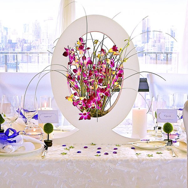 Unique Wedding Centerpieces: 25+ Impressive Non-Traditional Centerpieces