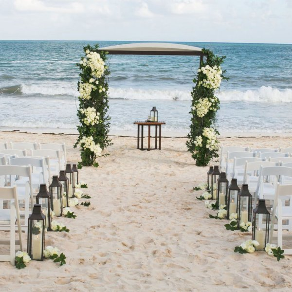 Night Beach Wedding Ceremony Ideas: 40 Ways To Decorate Your Ceremony Aisle