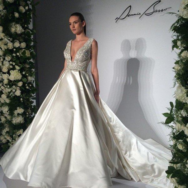 30 Wedding Gowns Under $1,000