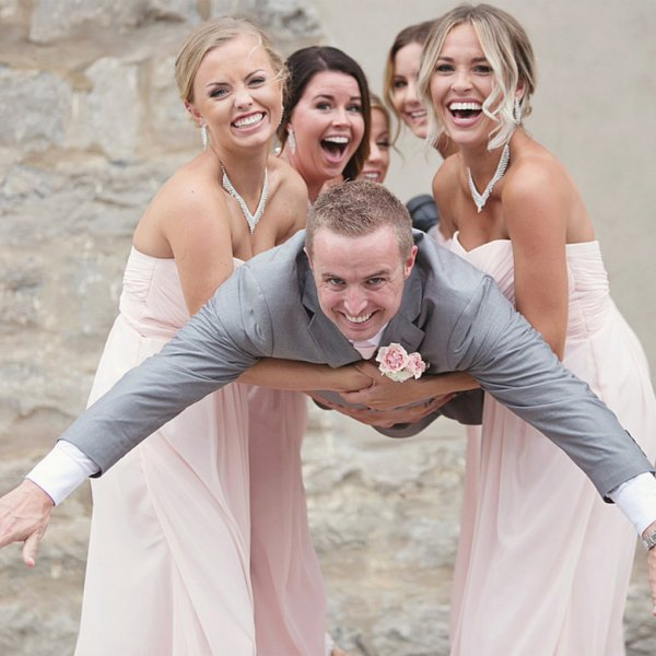 10 Fun Ways To Surprise The Groom On Your Wedding Day: 10 Ways To Make A Dry Wedding More Fun