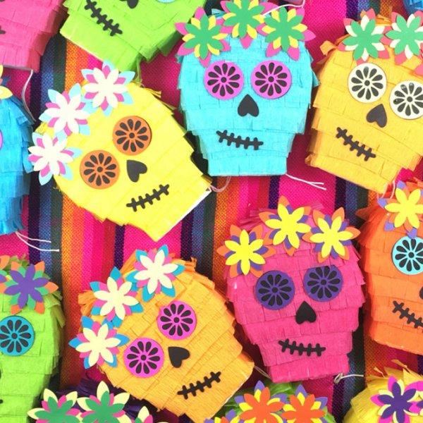 Halloween Wedding Gift Ideas: Wedding Favors + Gifts