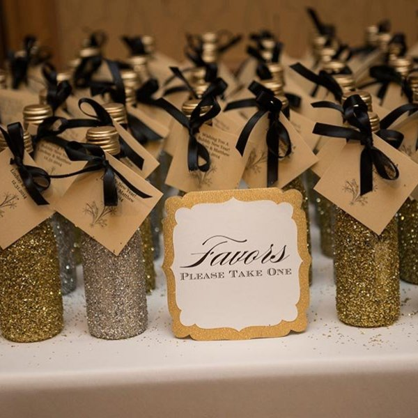 Diy Bridal Shower Gift Ideas For Guests : 30 Favor Ideas From Real Weddings