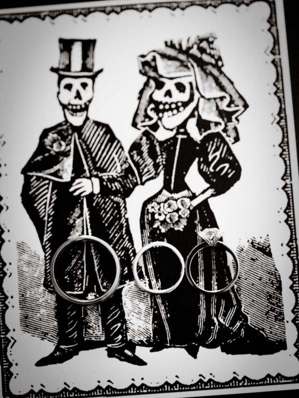 Classic Halloween Wedding: Tamara & Jason