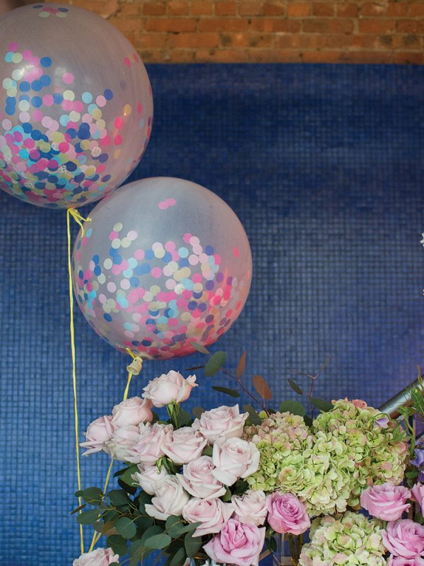 confetti balloons wedding decor