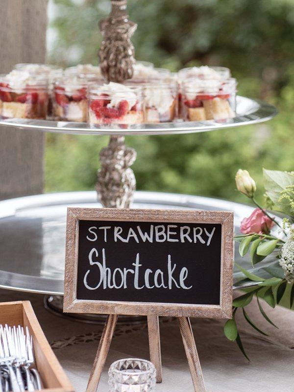 strawberry shortcake wedding dessert