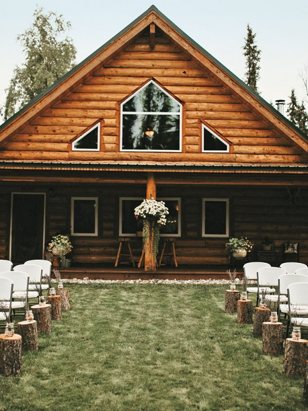 Woodland Retreat: Robin & Cole in Fairbanks, AK