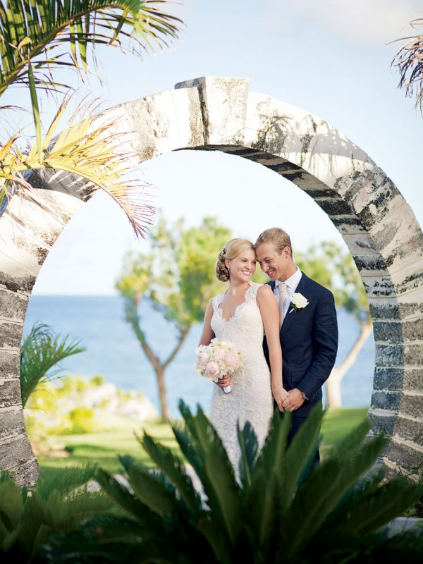 A Shore Thing: Kylie & Adam in Southampton, Bermuda