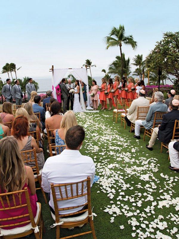 Island Time: Jessica & Matt in Maui, HI