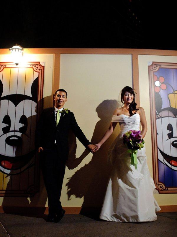Disneyland Adventure: Jennifer & Peter in Anaheim, CA