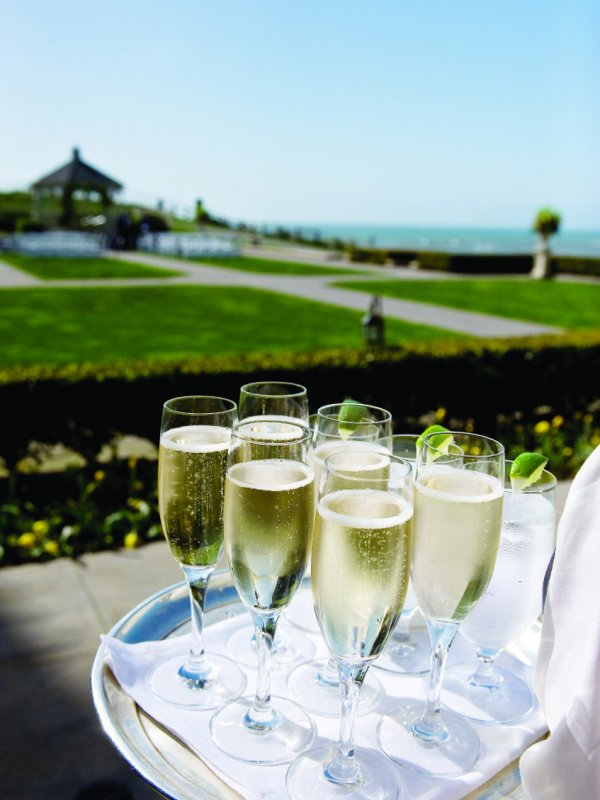 Putting on the Ritz: Jessica & Amir in Half Moon Bay, CA