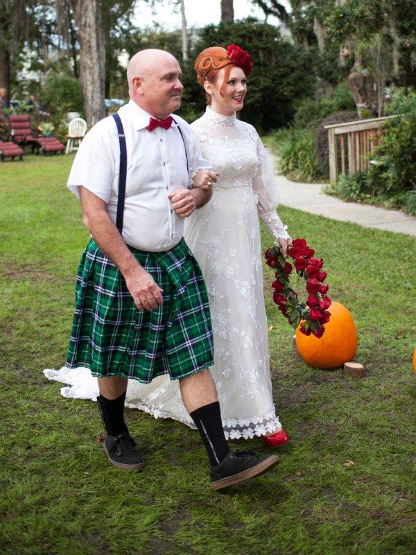 Scary Halloween Wedding: Erin & Eric in Myrtle Beach, SC