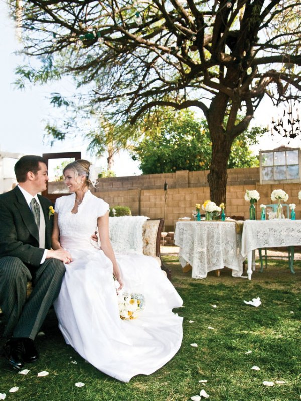 Retro Romance: Catherine & Benjamin in Gilbert, AZ
