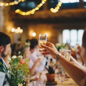 Ask the Experts: Is it Ok to Serve Little Alcohol at the Reception?