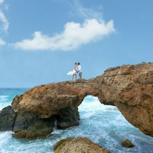 Aruba Travel Deal We Love - see hotel packages and renew your wedding vows in Aruba