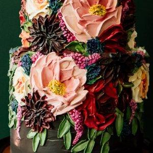 Intricate wedding cake