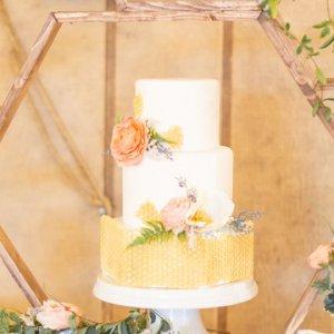 honeycomb wedding cake