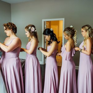 Wedding photo getting ready with the bridesmaids