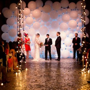 balloon wedding ceremony decor