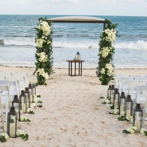 Beach themed wedding arches 35 gorgeous beach themed wedding ideas wedding arch decoration ideas inspirational beach wedding arch junglespirit Choice Image