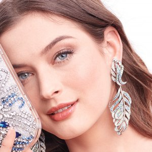 Blue bridal accessories