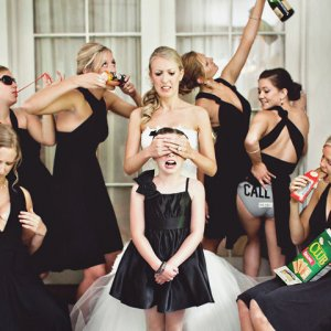 50 Wedding Photos That Ll Make You Laugh Bridalguide