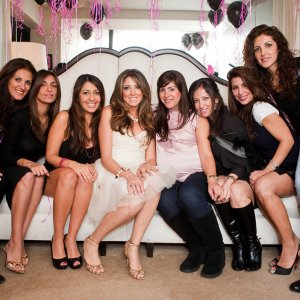 how to throw bachelorette party