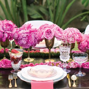 pink ombre wedding centerpiece flowers