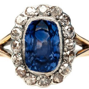 40+ Vintage-Style Engagement Rings