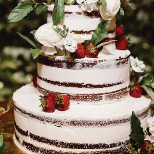 50 Creative Wedding Cake Toppers BridalGuide - Coolest Wedding Cakes