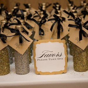 25 homemade wedding favors your guests will love bridalguide 30 favor ideas from real weddings junglespirit
