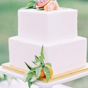 50 Creative Wedding Cake Toppers | BridalGuide