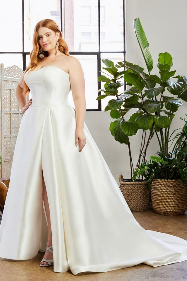 Casablanca Bridal, Beloved: Style Hallie