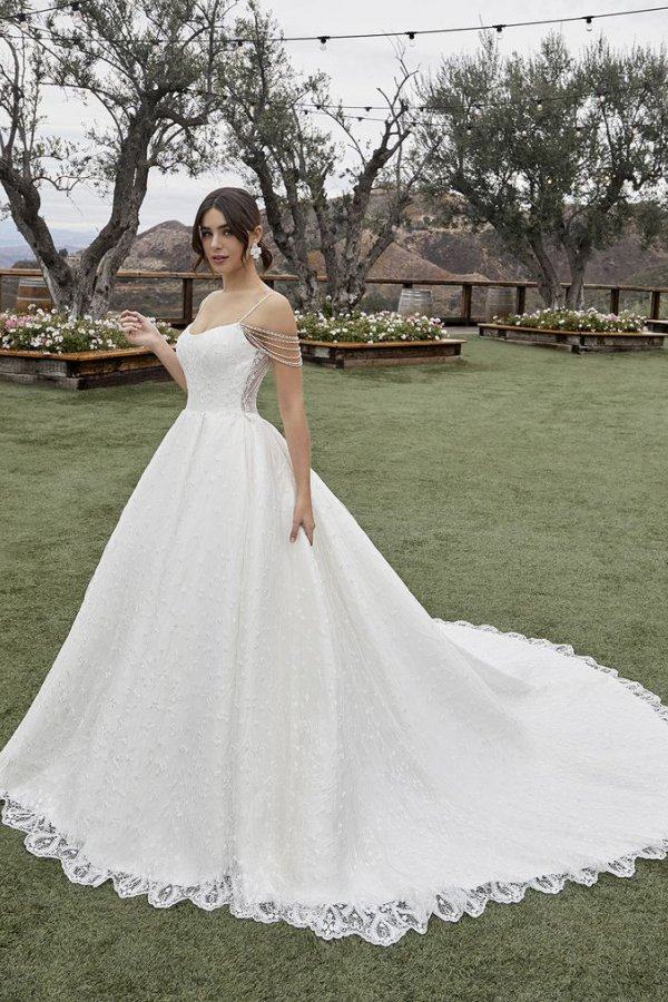 Casablanca Bridal, Style 2432 Julianna