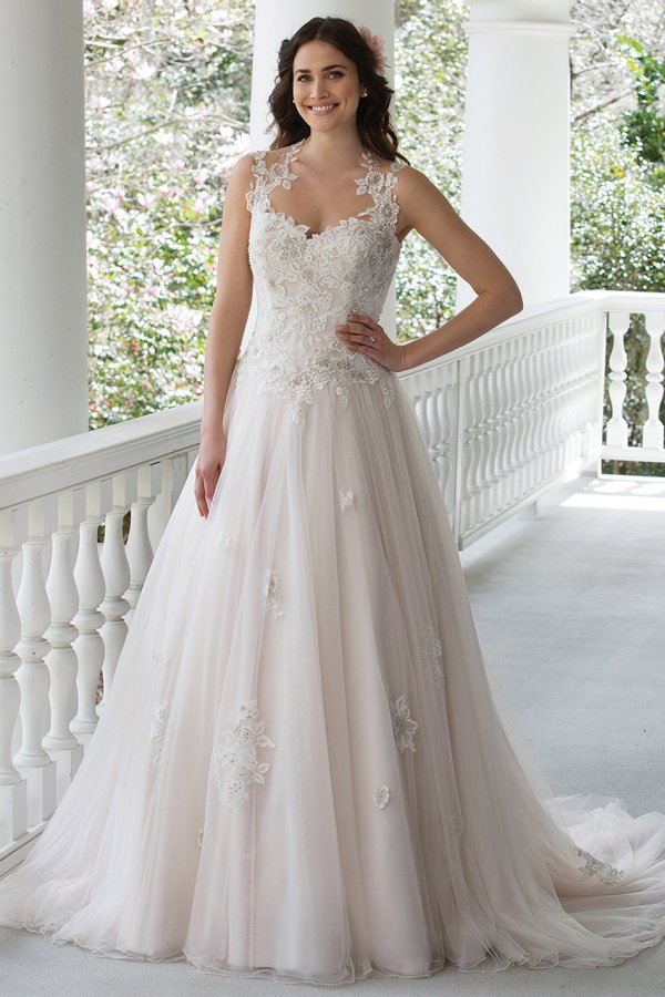 Wedding Dress Price Guide : Wedding gown gallery bridalguide