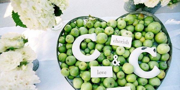 apple wedding